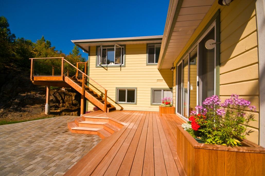 Victoria Ipe Hardwood Deck